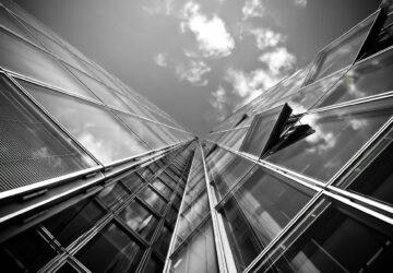 PRK radila UniCredit Bank při emisi dluhopisů Finepu