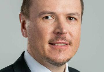 Weinhold Legal roste